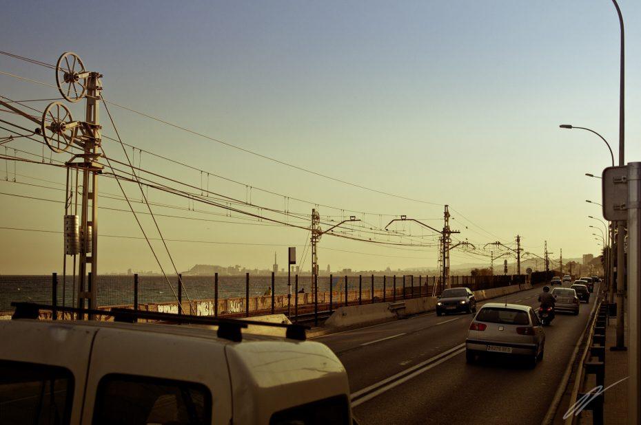 Eisenbahnlinie vor Barcelona